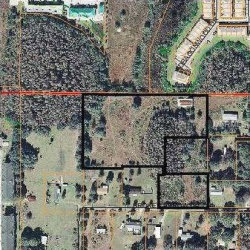 Photo of 10624 Broken Arrow Drive, THONOTOSASSA, FL 33592 (MLS # T2910581)