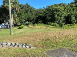 Photo of 17899 Us-441 S, MOUNT DORA, FL 32757 (MLS # T3271265)