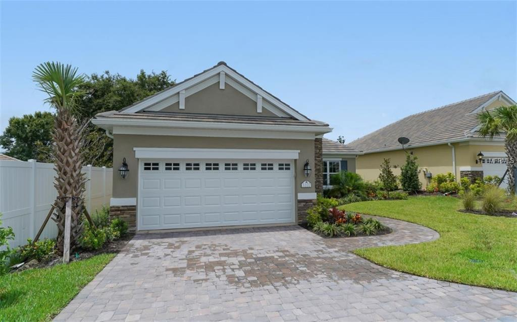 Photo for 5332 Provence Lane, SARASOTA, FL 34233 (MLS # A4196533)