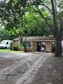 Photo of 2935 Sterling Lane, SARASOTA, FL 34231 (MLS # A4440603)