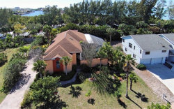 Photo of 1122 Horizon View Drive, SARASOTA, FL 34242 (MLS # A4457478)