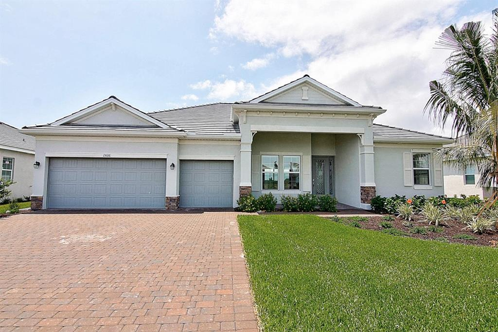 Photo for 15400 Spanish Point Drive, PORT CHARLOTTE, FL 33981 (MLS # A4481222)