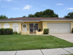 Photo of 924 Venetian Parkway, VENICE, FL 34285 (MLS # C7404334)