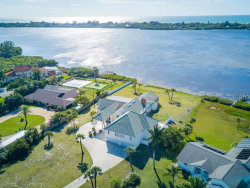 Photo of 1285 Bayshore Drive, ENGLEWOOD, FL 34223 (MLS # N6112792)