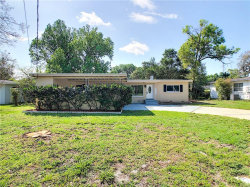 Photo of 374 Croton Drive, MAITLAND, FL 32751 (MLS # O5766373)