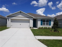 Photo of 3119 Country Club Circle, WINTER HAVEN, FL 33881 (MLS # O5771858)