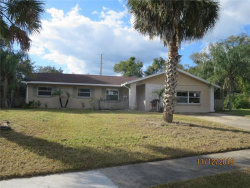 Photo of 430 Longwood Circle, LONGWOOD, FL 32750 (MLS # O5827166)