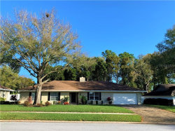 Photo of 2103 Edgewater Circle, WINTER HAVEN, FL 33880 (MLS # O5844662)