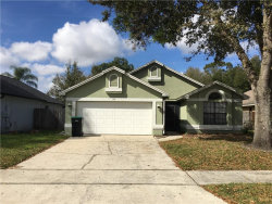 Photo of 124 River Chase Drive, ORLANDO, FL 32807 (MLS # O5844747)