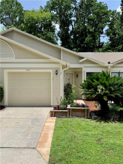 Photo of 202 Highlands Glen Circle, WINTER SPRINGS, FL 32708 (MLS # O5873727)