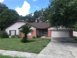 Photo of 7352 Cherry Laurel Drive, ORLANDO, FL 32835 (MLS # S5019390)