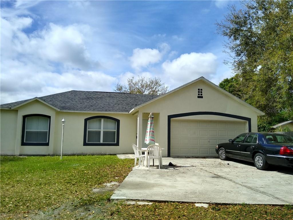 Photo for 306 Cocoa Court, KISSIMMEE, FL 34758 (MLS # S5027078)
