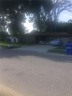 Photo of 501 Innergary Place, VALRICO, FL 33594 (MLS # T3173321)