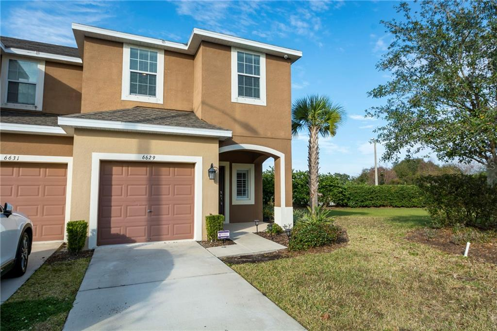 Photo for 6629 Holly Heath Drive, RIVERVIEW, FL 33578 (MLS # T3284751)