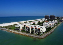 Photo of 7434 Bayshore Drive, Unit 203, TREASURE ISLAND, FL 33706 (MLS # U8006944)
