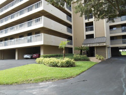 Photo of 1734 Golfview Drive, Unit 1734, TARPON SPRINGS, FL 34689 (MLS # U8034323)