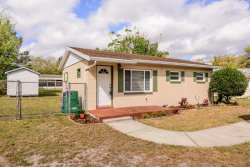 Photo of 10018 N Oklawaha Avenue, TAMPA, FL 33617 (MLS # U8035380)