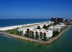 Photo of 7537 Bayshore Drive, Unit 303, TREASURE ISLAND, FL 33706 (MLS # U8038549)