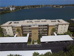 Photo of 7920 Sun Island Drive S, Unit 404, SOUTH PASADENA, FL 33707 (MLS # U8039782)