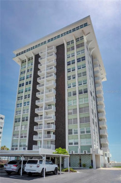 Photo of 17408 Gulf Boulevard, Unit 902, REDINGTON SHORES, FL 33708 (MLS # U8086678)