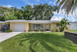 Photo of 1509 Lakeside Drive, DUNEDIN, FL 34698 (MLS # U8101784)
