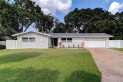 Photo of 14101 Hetrick Circle N, LARGO, FL 33774 (MLS # U8103113)
