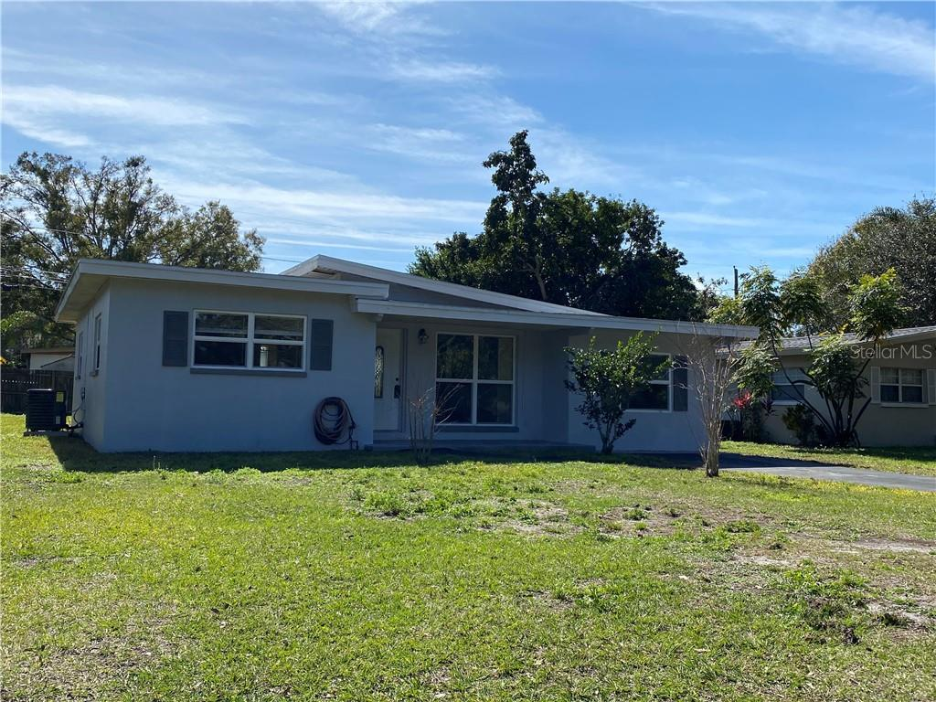 Photo for 1949 Pinehurst Drive, CLEARWATER, FL 33763 (MLS # U8105582)