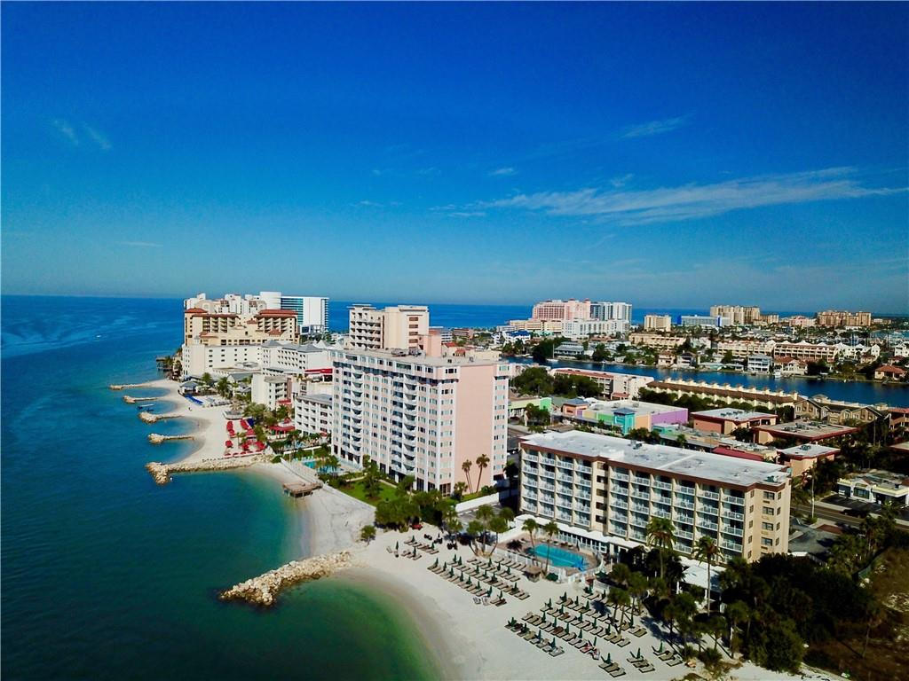 Photo for 675 S Gulfview Boulevard, Unit 806, CLEARWATER BEACH, FL 33767 (MLS # U8081732)