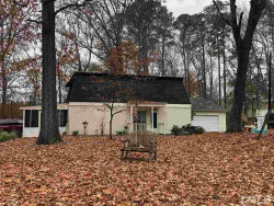 Photo of 214 Woodcrest Avenue, Smithfield, NC 27577 (MLS # 2163617)
