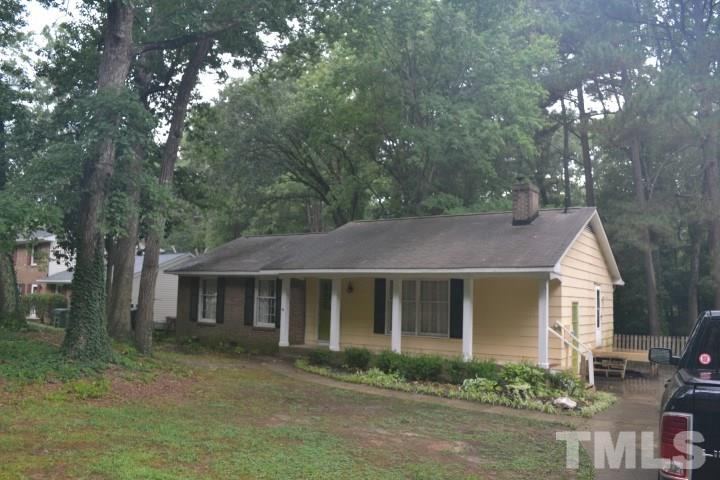 Photo for 1212 Wicklow Drive, Cary, NC 27511 (MLS # 2271244)