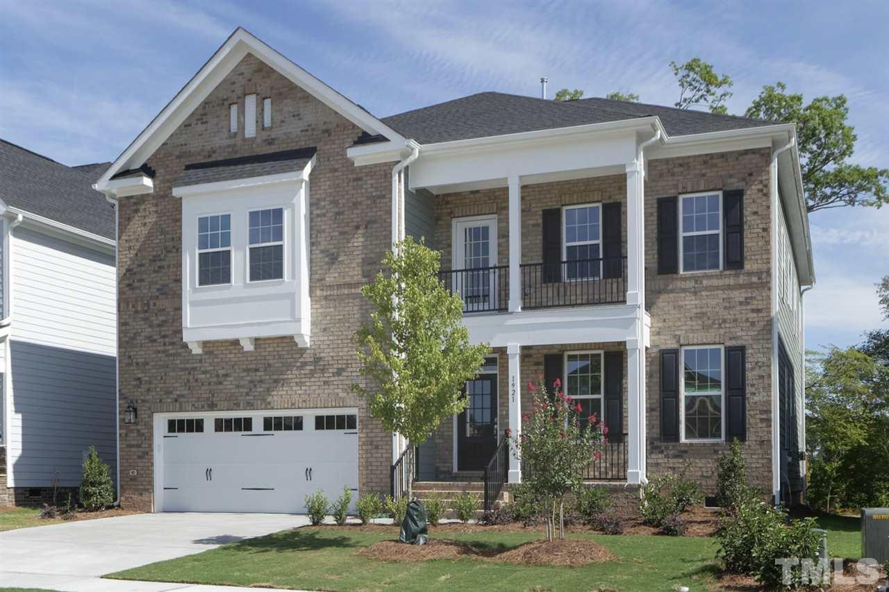 Photo for 1921 Edgelake Place, Cary, NC 27519 (MLS # 2278760)