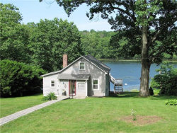 Photo of 430 Lake Shore Dr, Middlebury, CT 06762 (MLS # W10229869)