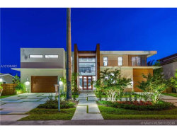 Photo of 2816 Northeast 25th St, Fort Lauderdale, FL 33305 (MLS # A10105462)
