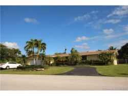 Photo of 17621 Southwest 93rd Ave, Palmetto Bay, FL 33157 (MLS # A10286374)