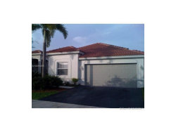 Photo of 1258 Chinaberry Dr, Weston, FL 33327 (MLS # A10294805)