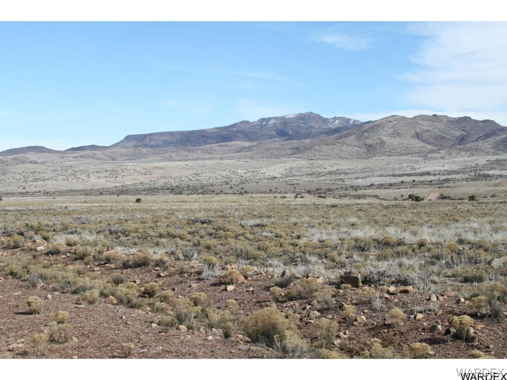 Photo for Lot 144 Great Western Road, Wikieup, AZ 85360 (MLS # 933863)