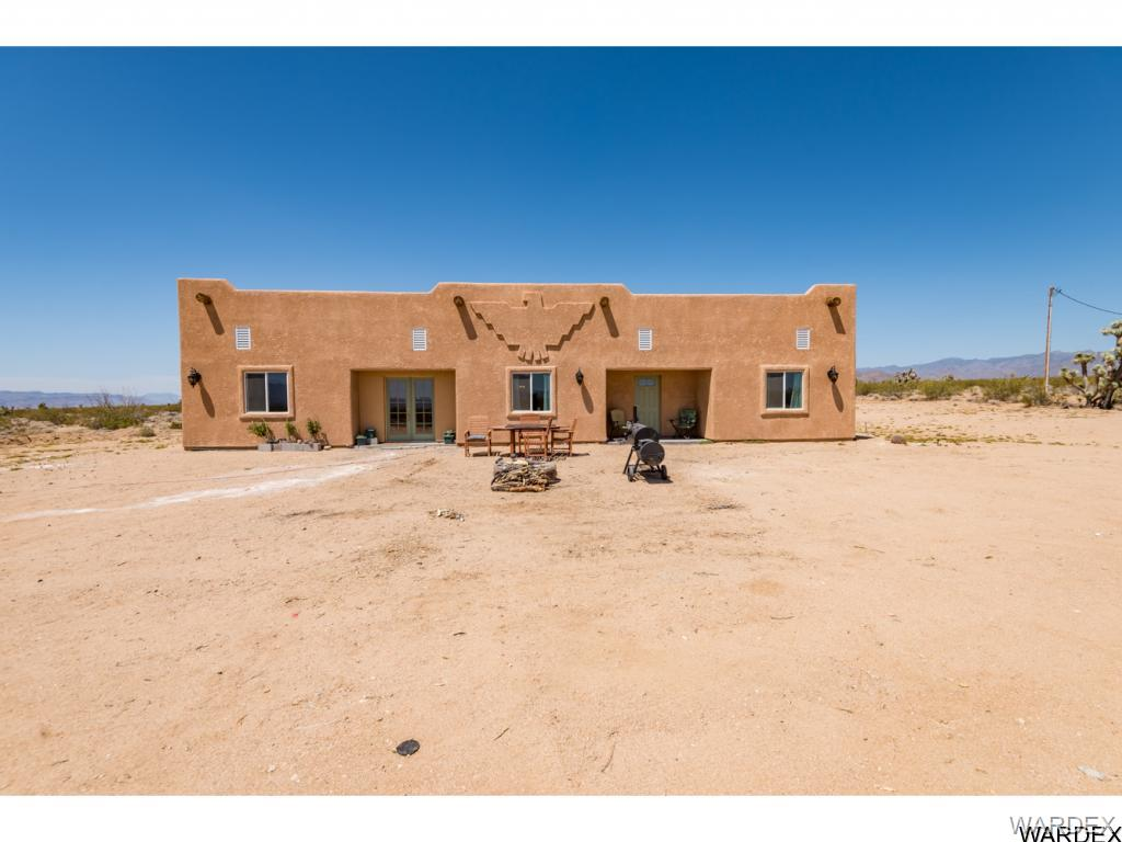 Photo for 17981 S Gene Autry Road, Yucca, AZ 86438 (MLS # 939665)