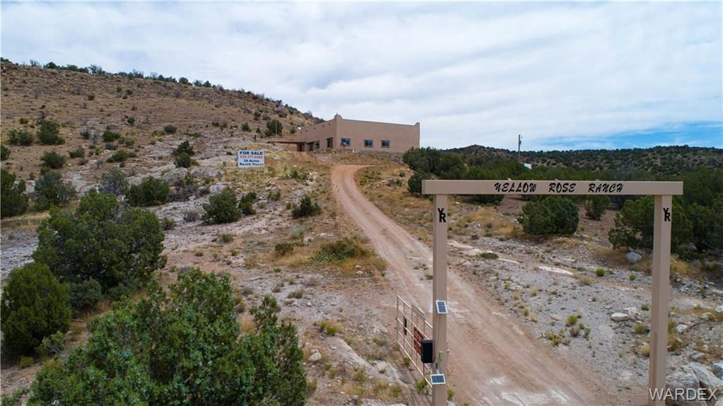 Photo for 19315 E Willow Creek Road, Kingman, AZ 86401 (MLS # 969925)