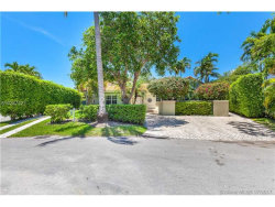 Photo of 624 Curtiswood Dr, Key Biscayne, FL 33149 (MLS # A10287427)