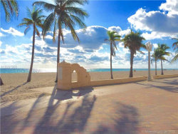 Photo of Hollywood, FL 33019 (MLS # A10297983)