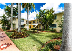 Photo of 1252 South Alhambra Cr, Coral Gables, FL 33146 (MLS # A10256601)