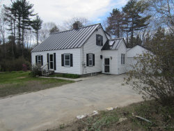Photo of 210 Middlesex Road, Topsham, ME 04086 (MLS # 1404030)