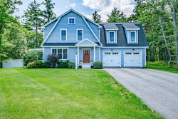 Photo of 37 South Ridge Road, Falmouth, ME 04105 (MLS # 1459704)