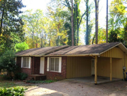 Photo of 1707 Lakeview Circle, Gainesville, GA 30501 (MLS # 5930359)