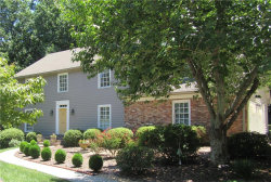 Photo of 200 Hunters Trace Lane, Sandy Springs, GA 30328 (MLS # 5980345)