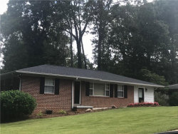 Photo of 1709 Lakeview Circle, Gainesville, GA 30501 (MLS # 6068534)