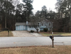 Photo of 488 Arbour Run, Suwanee, GA 30024 (MLS # 6110390)