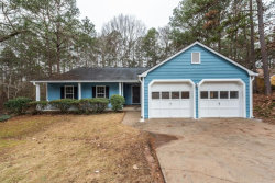 Photo of 7009 Woodfield Way, Woodstock, GA 30188 (MLS # 6120647)