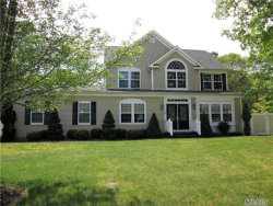Photo of 4 Horstead Ct, Yaphank, NY 11980 (MLS # 2917834)