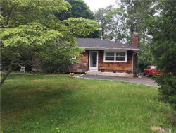 Photo of 349 Carnation Dr, Yaphank, NY 11967 (MLS # 2949934)